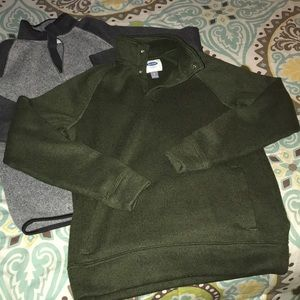 Bundle of two pullovers